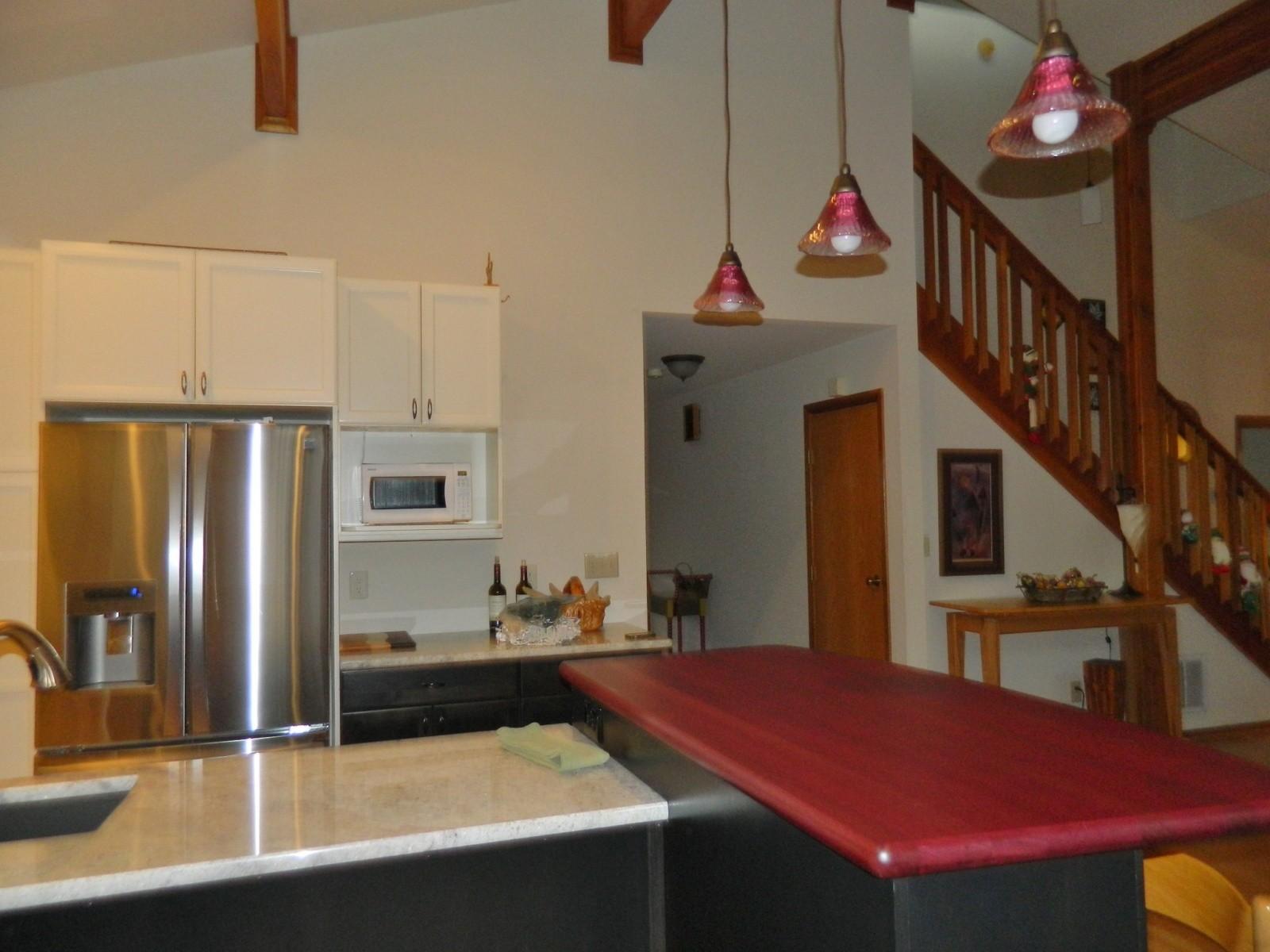 hillside kitchen 5