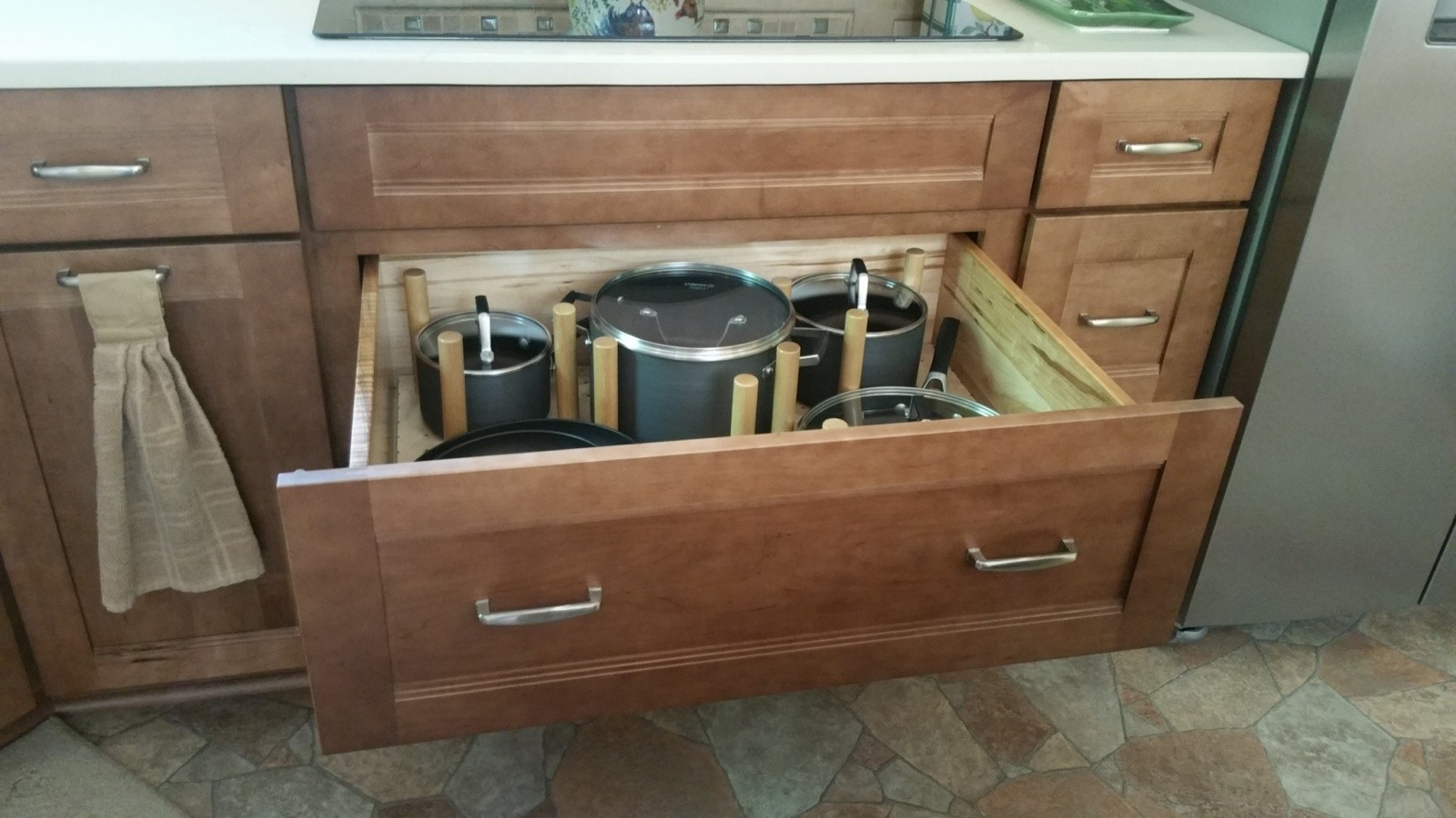Pegged Pot Drawer