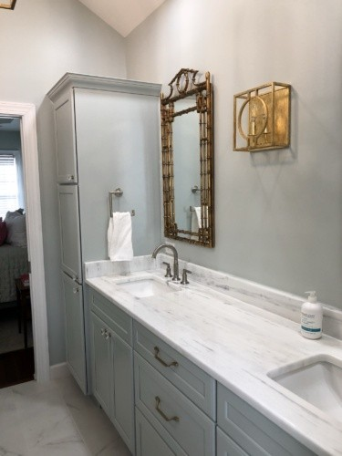 marble counter top with undermound rectangle sinks