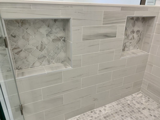 Marble arabesque accent tile