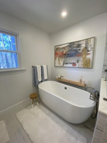Barclay freestanding tub